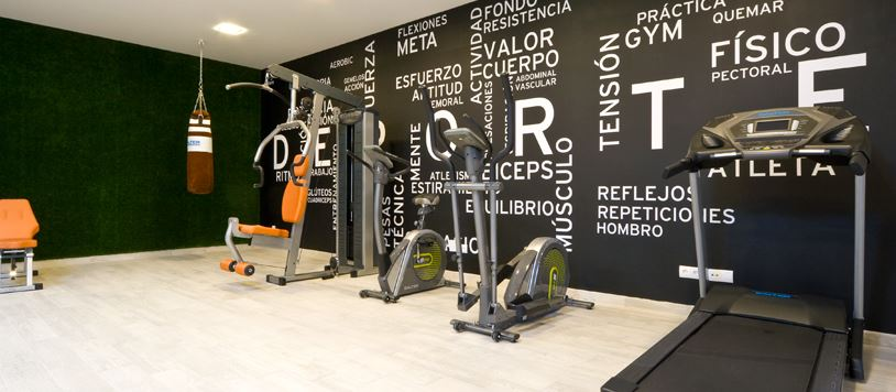 Pin decoracion gimnasios en casa on pinterest - Decoracion gimnasio en casa ...