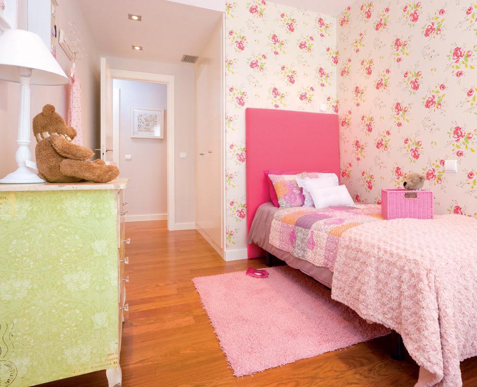 Habitaciones infantiles de estilo cl sico el blog de v a - Papel para habitaciones ...