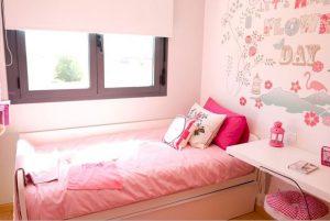 Santa Eugenia rosa pink