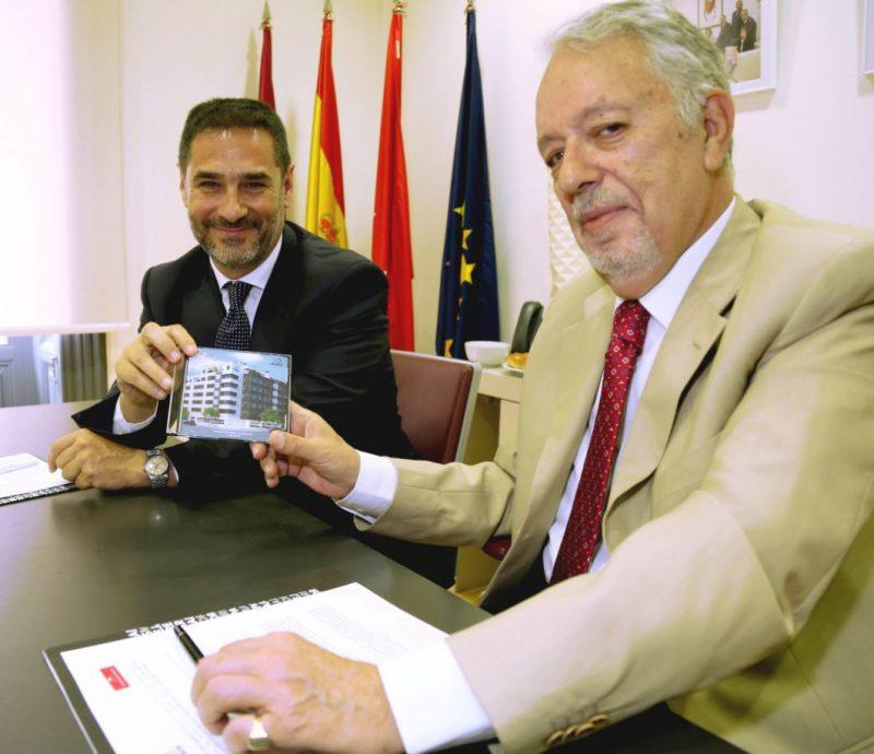 Vía Célere firma un acuerdo con el COAAMT