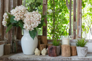 ventana rústica flores decoración