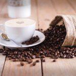 Reutiliza los restos del café, como abono ecológico