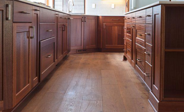cocinas con pisos de madera