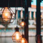 ¿Cómo ahorro luz en casa?